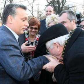 Orbán's 11th Commandment: Unquestioning Loyalty